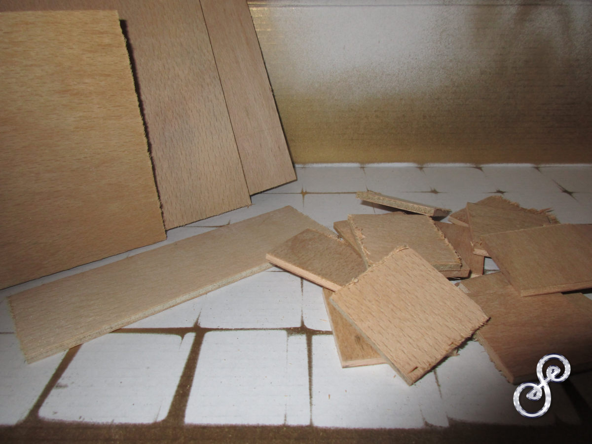 Cutting squares from scrap bits of wood
